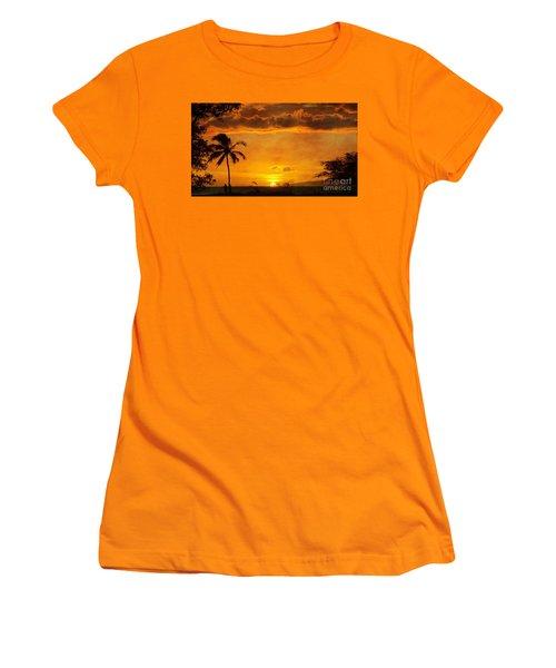 Maui Sunset Dream Women's T-Shirt (Athletic Fit)