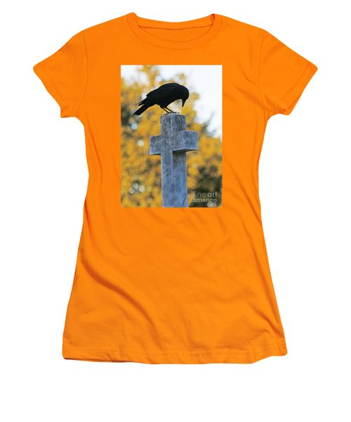 Praying Crow On Cross Women's T-Shirt (Athletic Fit)