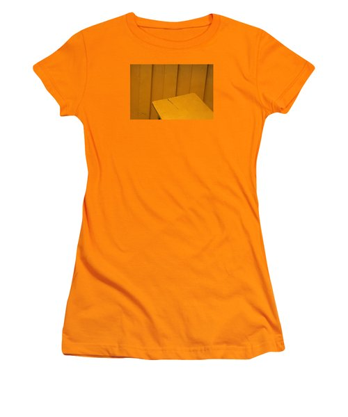 Skc 1496 A Tea Shack Bench Women's T-Shirt (Junior Cut) by Sunil Kapadia