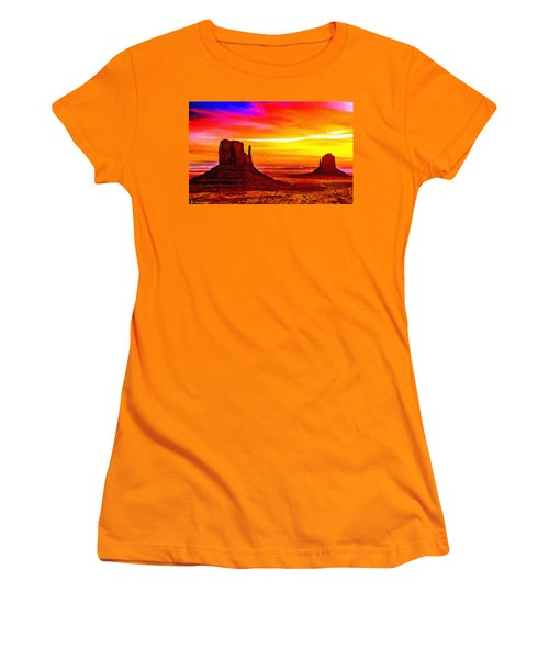 Sunrise Monument Valley Mittens Women's T-Shirt (Athletic Fit)