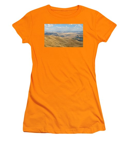 Women's T-Shirt (Junior Cut) featuring the photograph Valley View by Mark Greenberg
