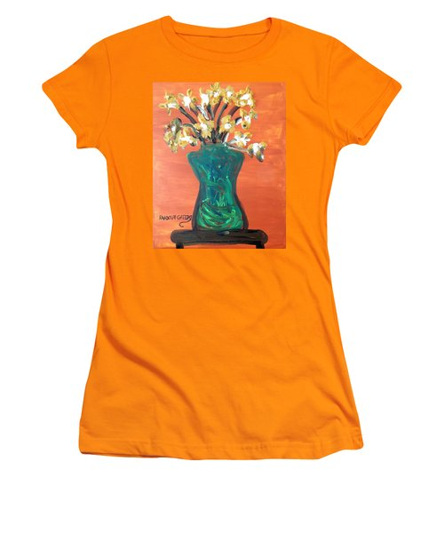 Vase Women's T-Shirt (Athletic Fit)