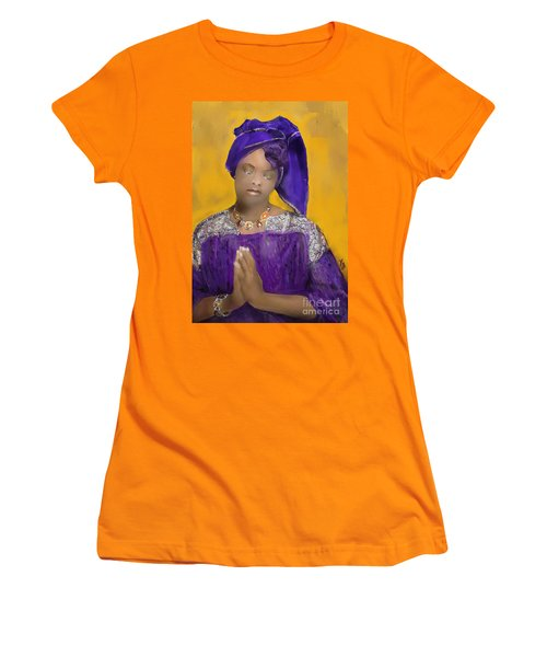 Woman Praying Women's T-Shirt (Athletic Fit)