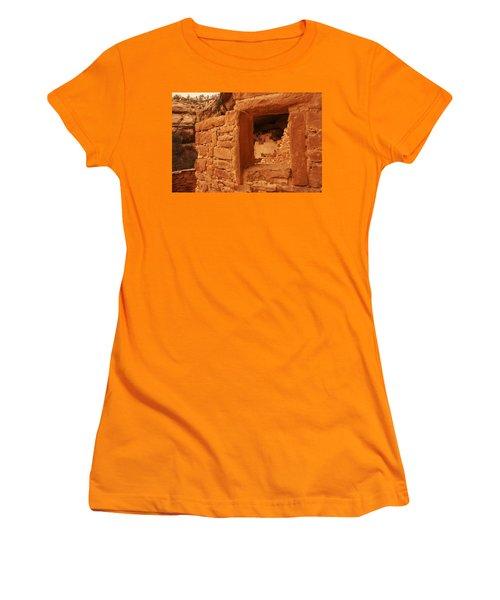 Cliff Palace Mesa Verde National Park Women's T-Shirt (Athletic Fit)
