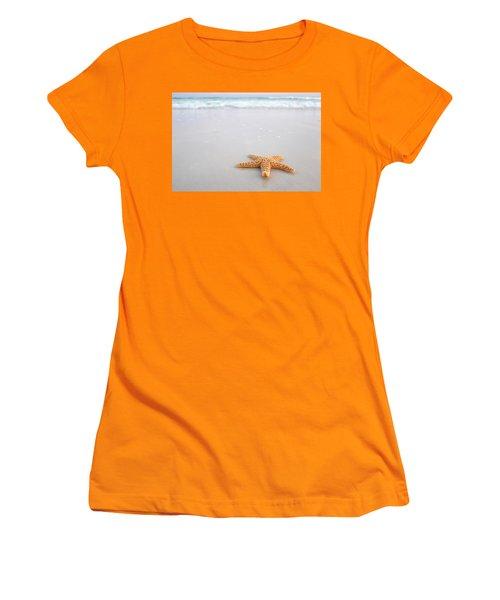 Destin Florida Miramar Beach Starfish Women's T-Shirt (Athletic Fit)