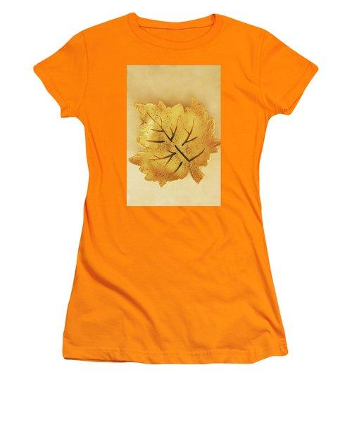 Leaf Plate2 Women's T-Shirt (Junior Cut) by Itzhak Richter