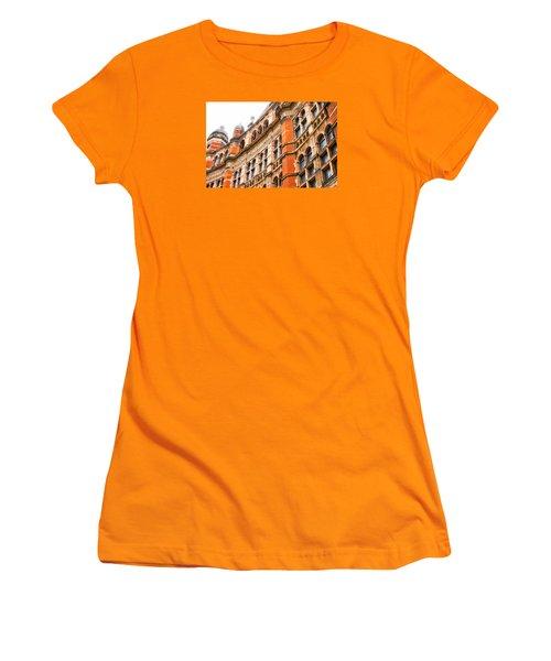 London Building Women's T-Shirt (Athletic Fit)