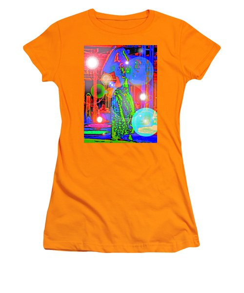 Belly Dance Women's T-Shirt (Athletic Fit)