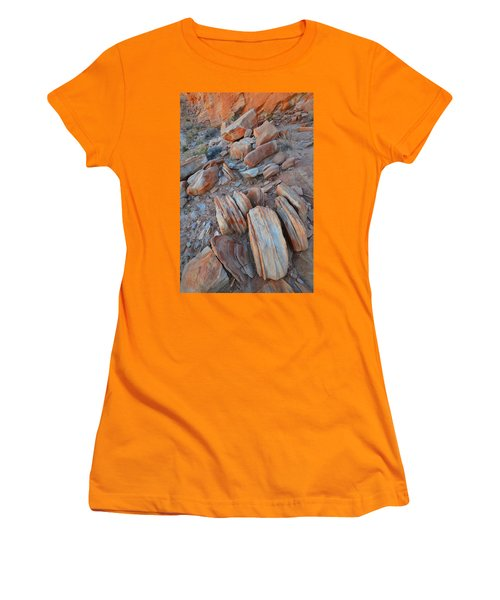 Women's T-Shirt (Junior Cut) featuring the photograph Colorful Cove In Valley Of Fire by Ray Mathis