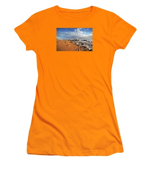 Beach View Women's T-Shirt (Athletic Fit)