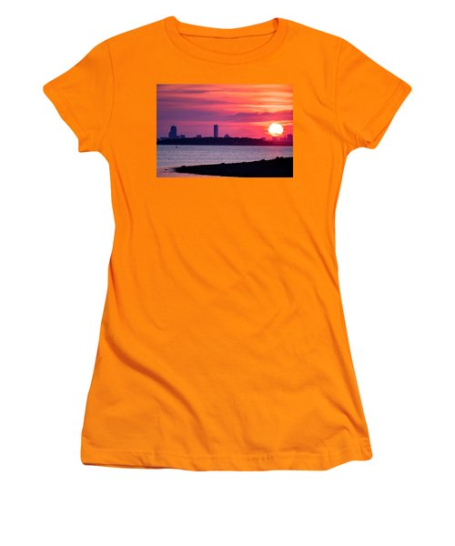 Boston Skyline Worlds End Women's T-Shirt (Athletic Fit)