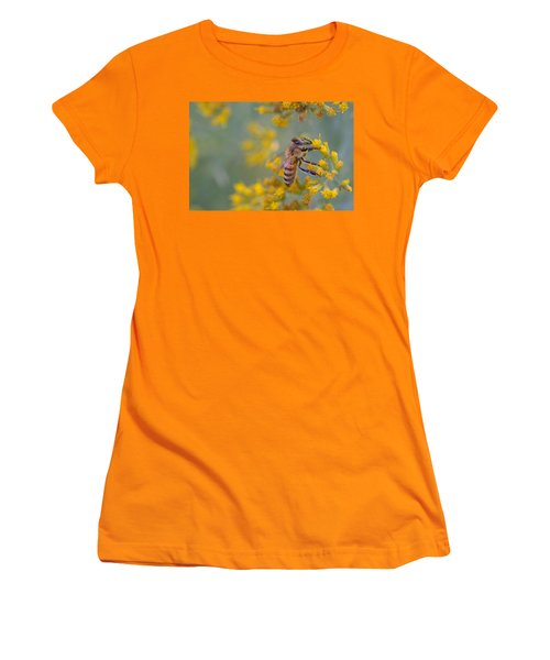 Bright Eyed Bee Women's T-Shirt (Athletic Fit)