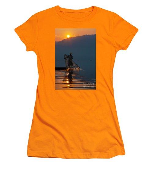Burma_d143 Women's T-Shirt (Athletic Fit)