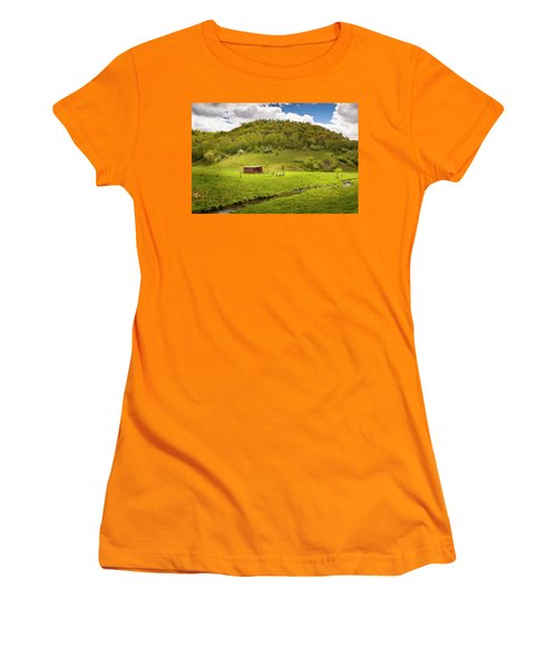 Coulee Morning Women's T-Shirt (Athletic Fit)