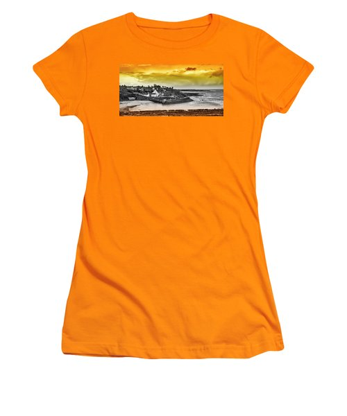 Crail Harbour Women's T-Shirt (Athletic Fit)