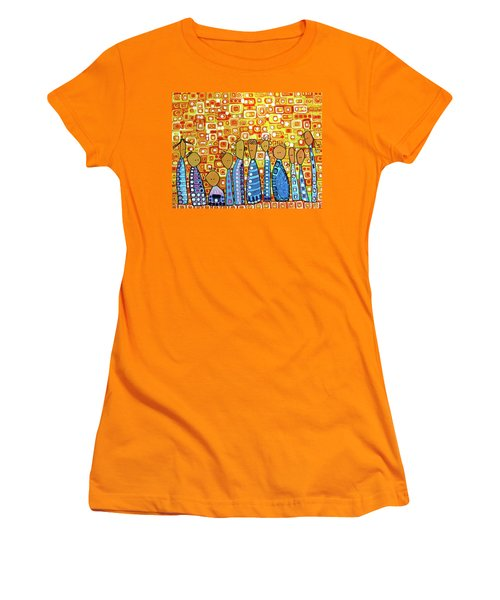 Women's T-Shirt (Junior Cut) featuring the painting cue by Donna Howard