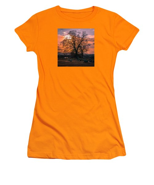 Day's End Women's T-Shirt (Athletic Fit)