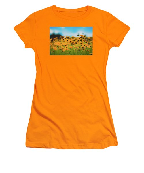 Dreamy Summertime Women's T-Shirt (Athletic Fit)