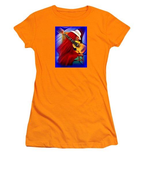El Cuatro De Papi Women's T-Shirt (Athletic Fit)