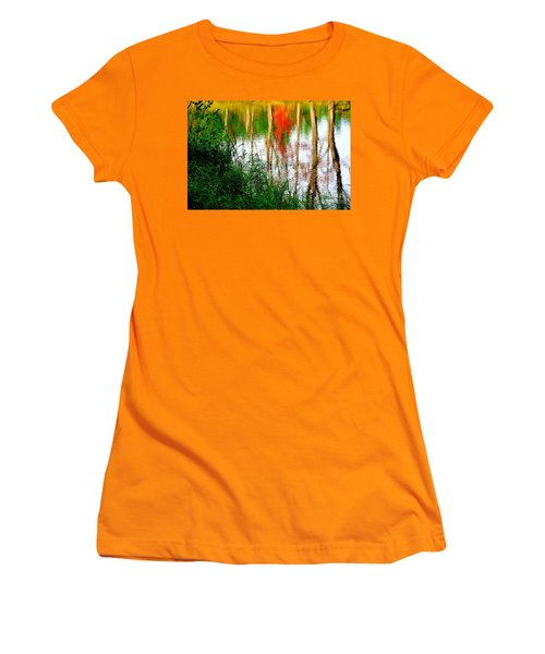Women's T-Shirt (Junior Cut) featuring the photograph Fall Reflections by Elfriede Fulda