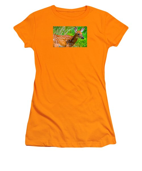 Fawn 4 Women's T-Shirt (Athletic Fit)