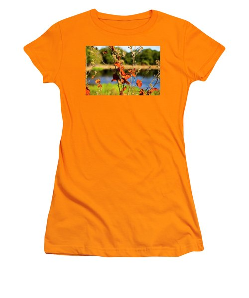Florida Fall Leaves Women's T-Shirt (Athletic Fit)
