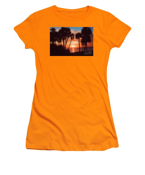 Florida- Sunset Memories Women's T-Shirt (Athletic Fit)