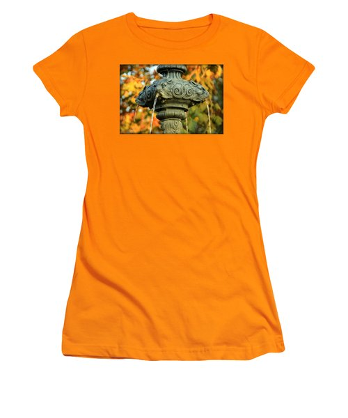 Women's T-Shirt (Junior Cut) featuring the photograph Fountain At Union Park by Chris Berry