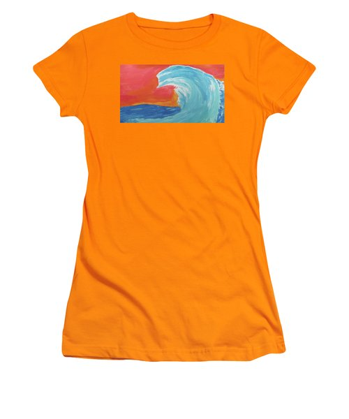 Gnarly Wave  Women's T-Shirt (Junior Cut) by Don Koester