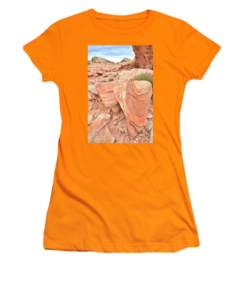 Women's T-Shirt (Junior Cut) featuring the photograph Hidden Cove In Valley Of Fire by Ray Mathis