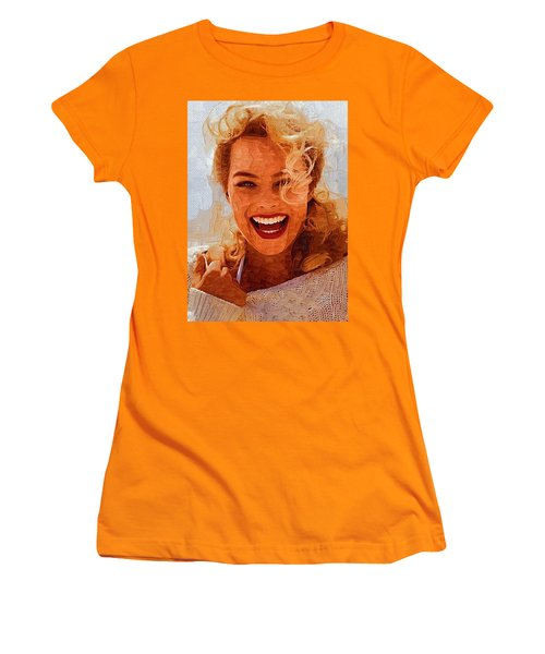 Hollywood Star Margot Robbie Women's T-Shirt (Athletic Fit)