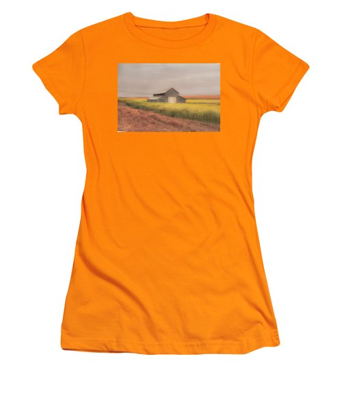 In The Horizon Women's T-Shirt (Athletic Fit)
