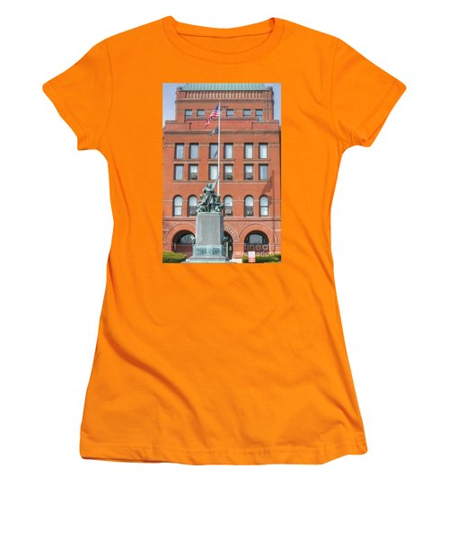 Kane County Courthouse Women's T-Shirt (Junior Cut) by David Bearden