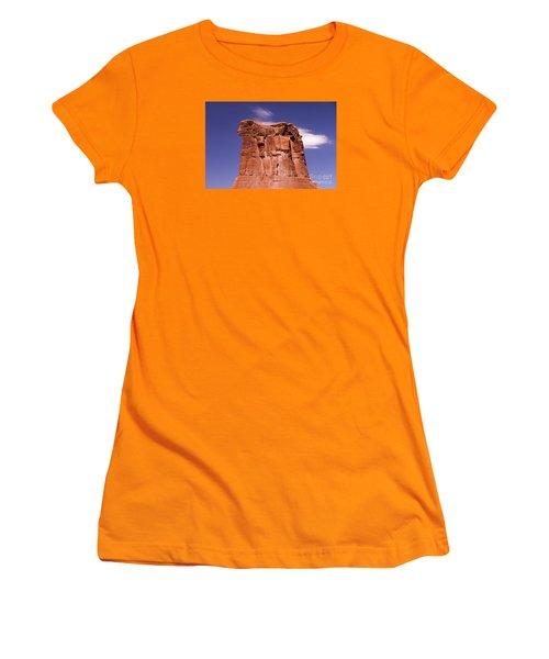 Lions Head Women's T-Shirt (Athletic Fit)