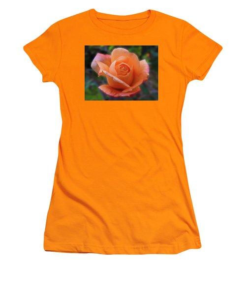 Little Goldie Women's T-Shirt (Athletic Fit)