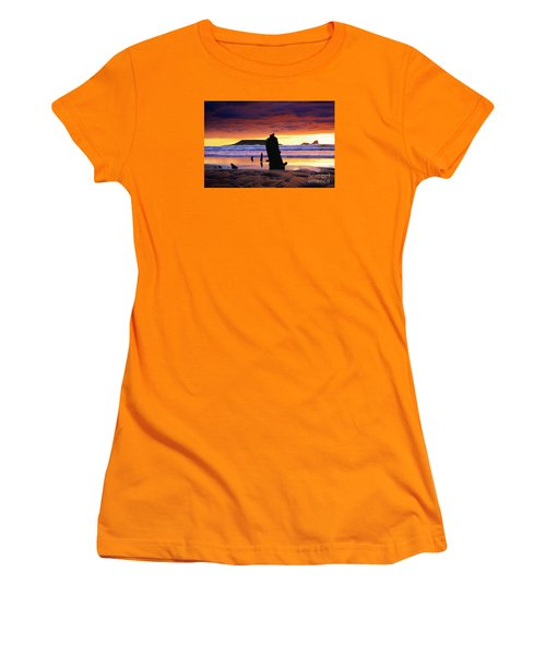 Llangennith Helvetia Wreck Women's T-Shirt (Athletic Fit)