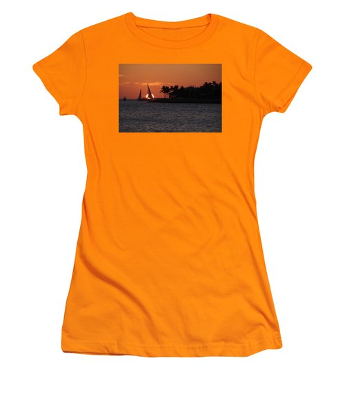 Mallory Square Sunset 2018 Women's T-Shirt (Athletic Fit)