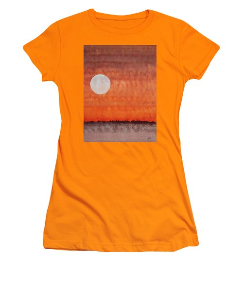 Moon Over Mojave Women's T-Shirt (Athletic Fit)