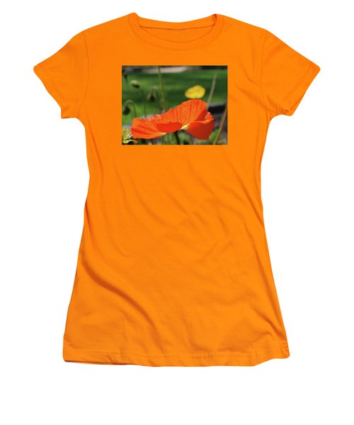Poppy Cup Women's T-Shirt (Athletic Fit)