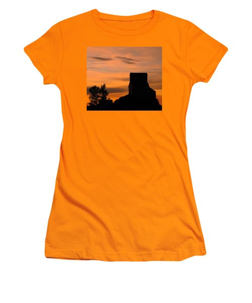 Prairie Dusk Women's T-Shirt (Junior Cut) by Tony Beck
