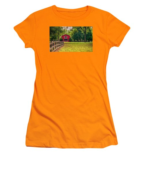 Red Barn 2 Women's T-Shirt (Athletic Fit)