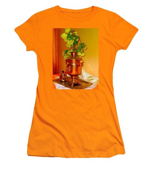 Samovar Women's T-Shirt (Athletic Fit)