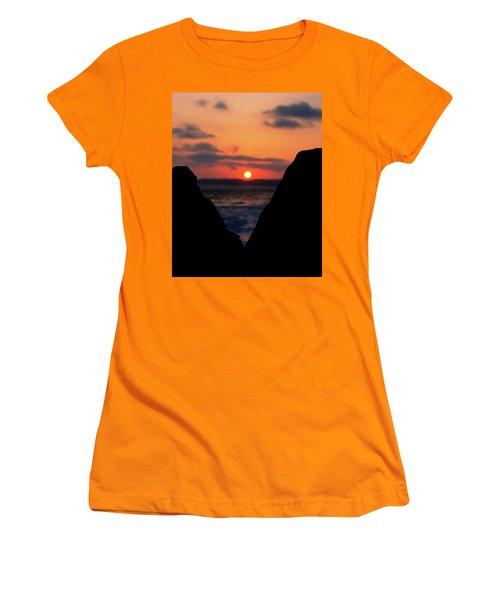 San Clemente Beach Rock View Sunset Portrait Women's T-Shirt (Athletic Fit)