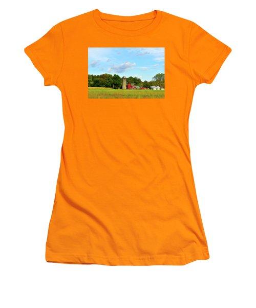 Sauer Farm, Mt. Marion Women's T-Shirt (Athletic Fit)