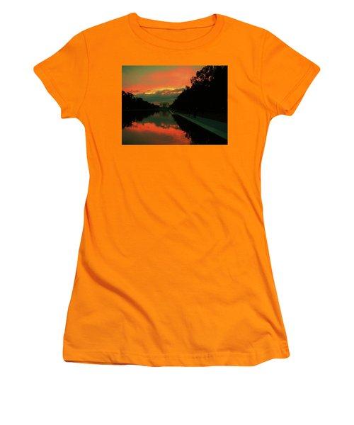 Secrets Of Dc Women's T-Shirt (Athletic Fit)