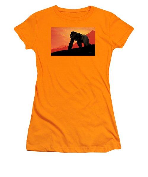 Silverback Gorilla Women's T-Shirt (Athletic Fit)