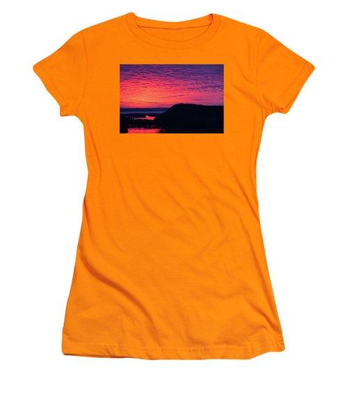 Srw-9 Women's T-Shirt (Athletic Fit)