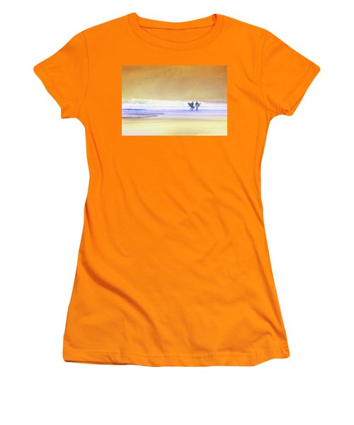 Surfers Women's T-Shirt (Athletic Fit)