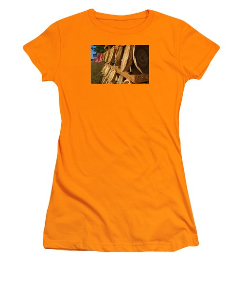 Sweetgrass Baskets Women's T-Shirt (Athletic Fit)