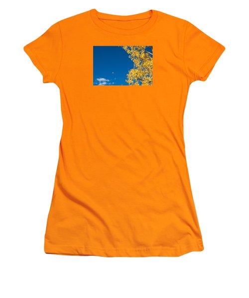 The Aspen Leaf Women's T-Shirt (Athletic Fit)